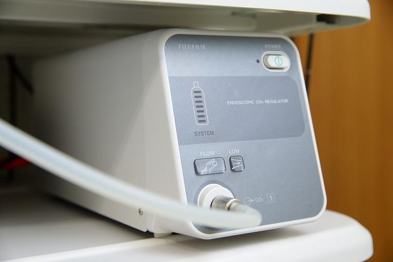 内視鏡用炭酸ガス送気装置(UCR)の使用